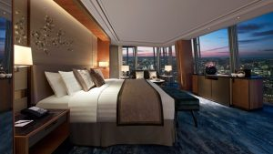 London luxury hotel room tour Shangri La at The Shard