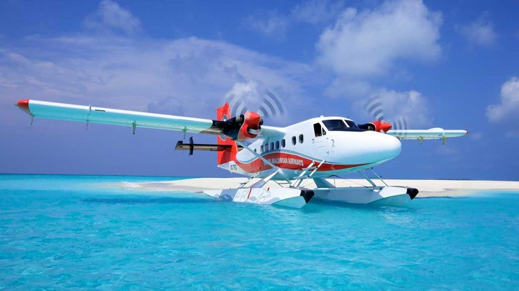 MOST BEAUTIFUL FLIGHT IN THE WORLD (Maldives seaplane transfer)