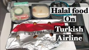 ECONOMY CLASS FOOD ON TURKISH AIRLINE From UA to IST to NIG #turkishairlines || SOMMY CHARLES