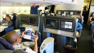United Airlines B777 First Class San Francisco to Honolulu oldest